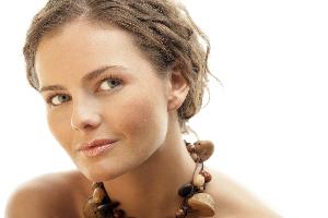 tan-girl-with-beads